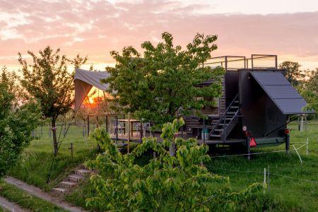 Wiesenwagen Sonnenuntergang Archehof Neuhof